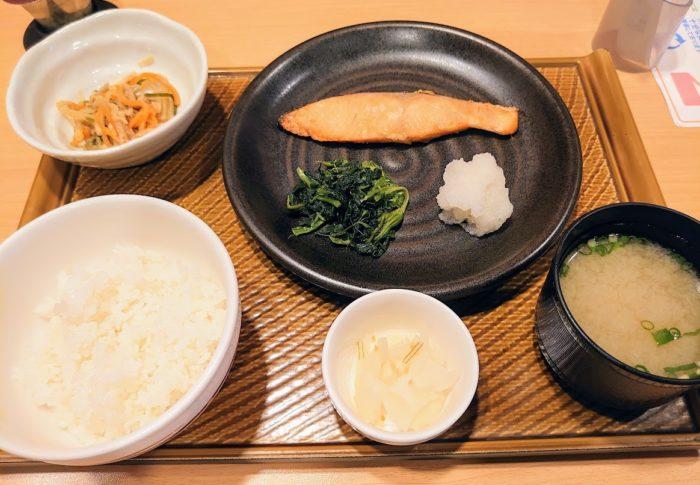 ガストの和食モーニングを初めて食べまして大満足です。